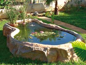Laghetti ornamentali giardino accesori giochi d 39 acqua for Laghetti artificiali per giardino
