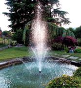 Giochi giardini d 39 acqua zampilli laghetti ornamentali for Laghetti ornamentali