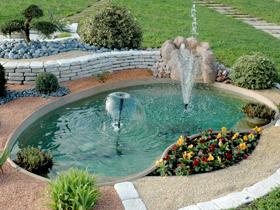 Laghetto giardino i laghetti della collezione perle d for Laghetto vetroresina