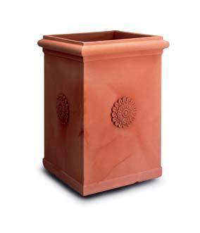 Vasi terrecotte vasi terraccotta vasi europaimpruneta for Vasi da giardino in plastica